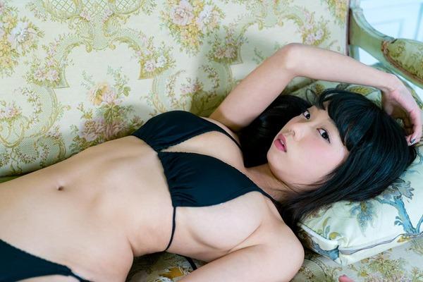 青山ひかる ヌード (8)