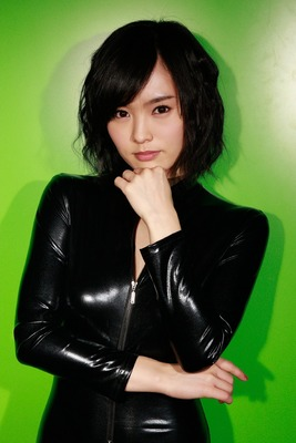 山本彩のヌード (16)