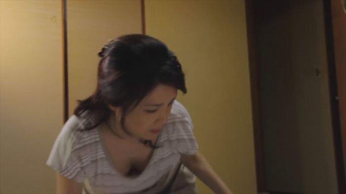筒井真理子 ヌードセクシー画像 (10)