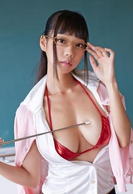青山ひかる ヌード (20)