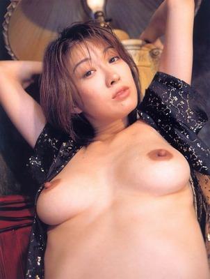 有賀美穂ヌード (64)