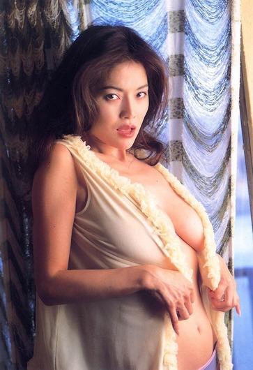 青田典子画像 (3)