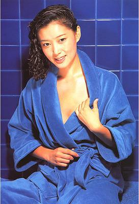 夏目雅子 (51)