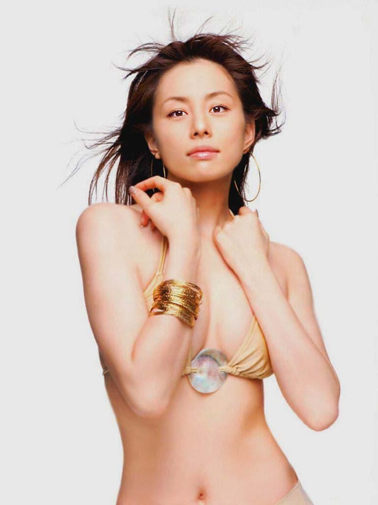 米倉涼子の完全ヌード写真 米倉涼子のオールヌード画像!特に乳首が観たい!エロ画像でシコ ...