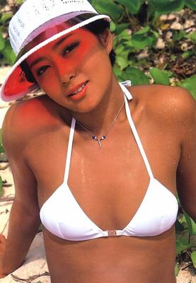 夏目雅子 (39)