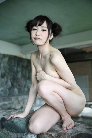 逢坂愛 ヌード画像 (23)
