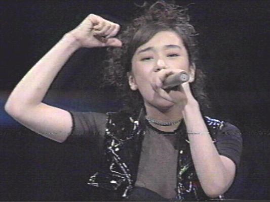 西田ひかるのヌード セクシー (37)