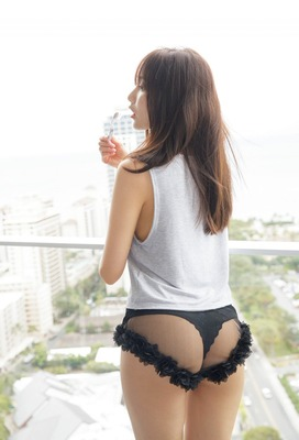 佐野ひなこ ヌード (12)