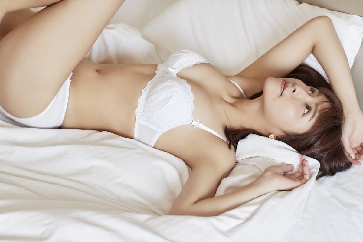 諏訪野しおり裸十三歳 少女ヌード写真集の思い出@がきんこ