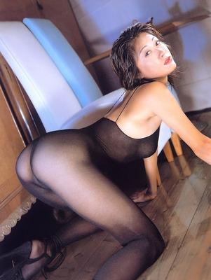 有賀美穂ヌード (39)