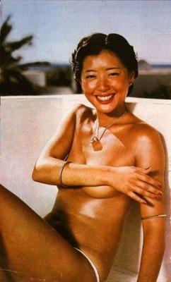 夏目雅子 (54)
