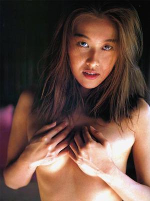 岡本夏生 ヌード (47)
