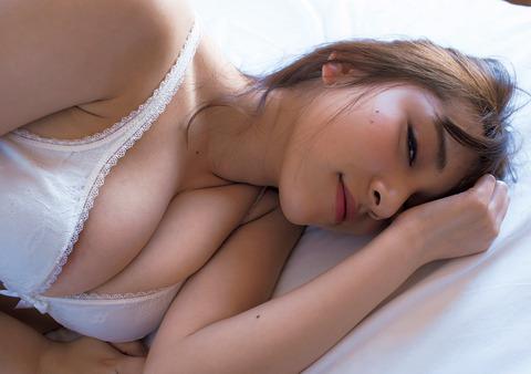都丸紗也華のヌード (21)