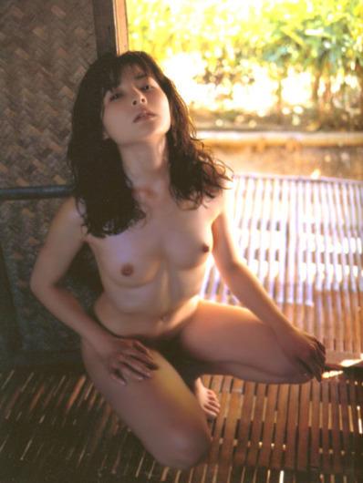 【岩間さおり】元セイントフォー女優のヌード画像 (12)