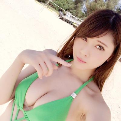 アンジェラ芽衣 ヌード (18)
