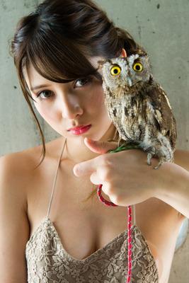 アンジェラ芽衣 ヌード (4)
