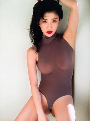 小倉優香 ヌード  (16)