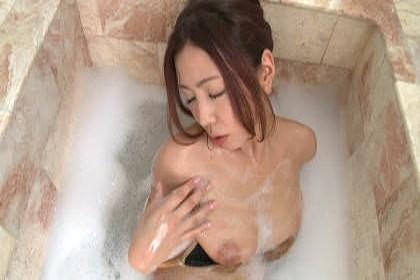 黒木桃子のヌード (19)