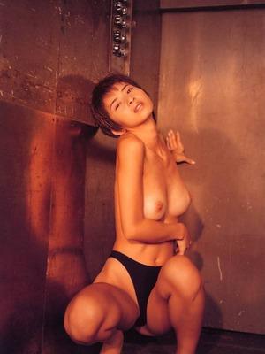 黛ミキ ヌード (22)
