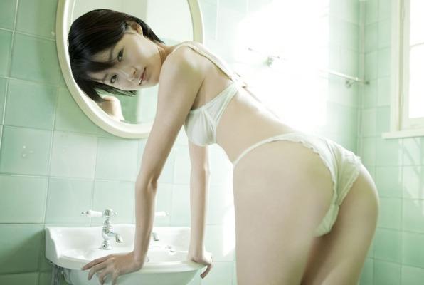 しほの涼のヌード (30)