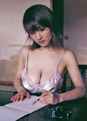 古瀬絵理のヌード (28)