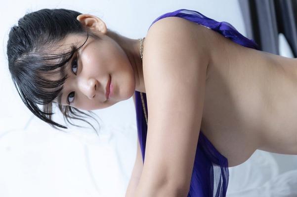 高杉杏 ヌード  (23)