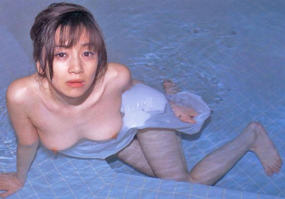 丸純子のヌード (20)