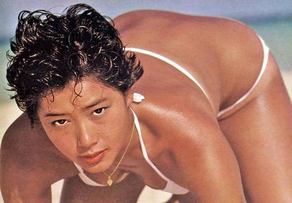夏目雅子 (46)