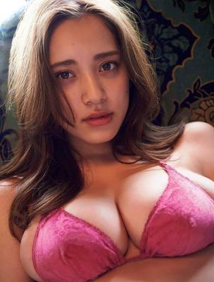 都丸紗也華のヌード (20)