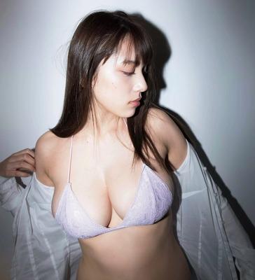 都丸紗也華のヌード (5)
