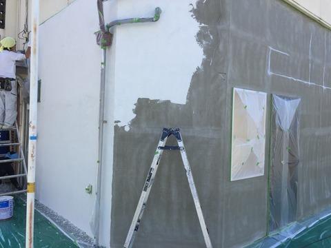 外壁ジョリパット中塗り
