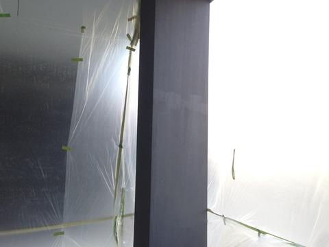 柱セラスキン下塗り