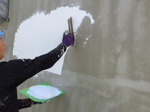 外壁ジョリパット中塗り2