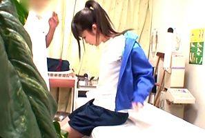 【盗撮】新人戦前に整体に治療しに来た部活少女をガン突き!