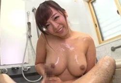 お風呂でチ○ポマッサージ 受精したがるムチムチエロ妻!KAORI