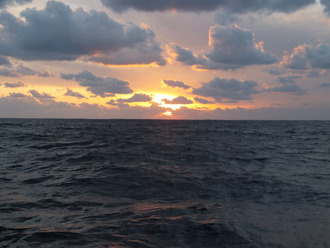太平洋の夕日