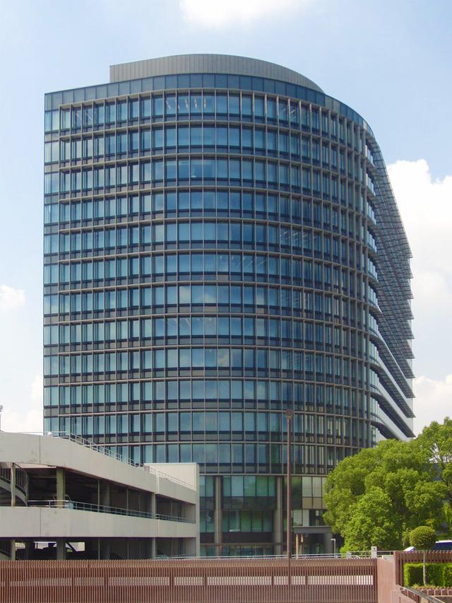 Headquarter_of_Toyota_Motor_Corporation_3