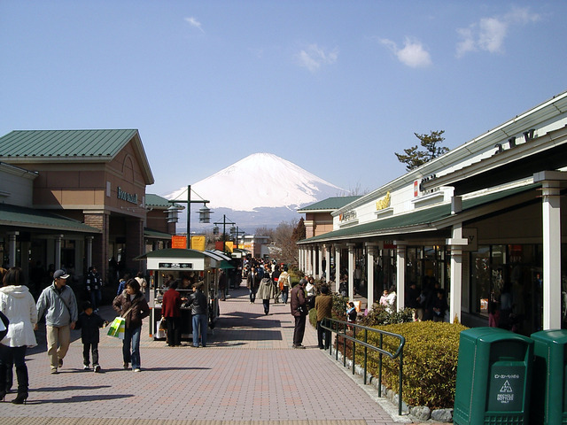 Gotemba_premium_outlets1