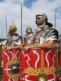 秀吉「中国大返しや!(シュバババ…)」←約200kmを11日で踏破 ローマ軍「ほーん」