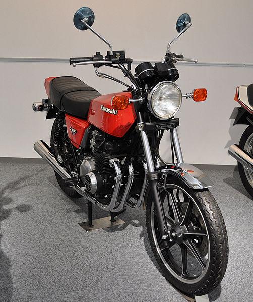 502px-Kawasaki_Z400FX