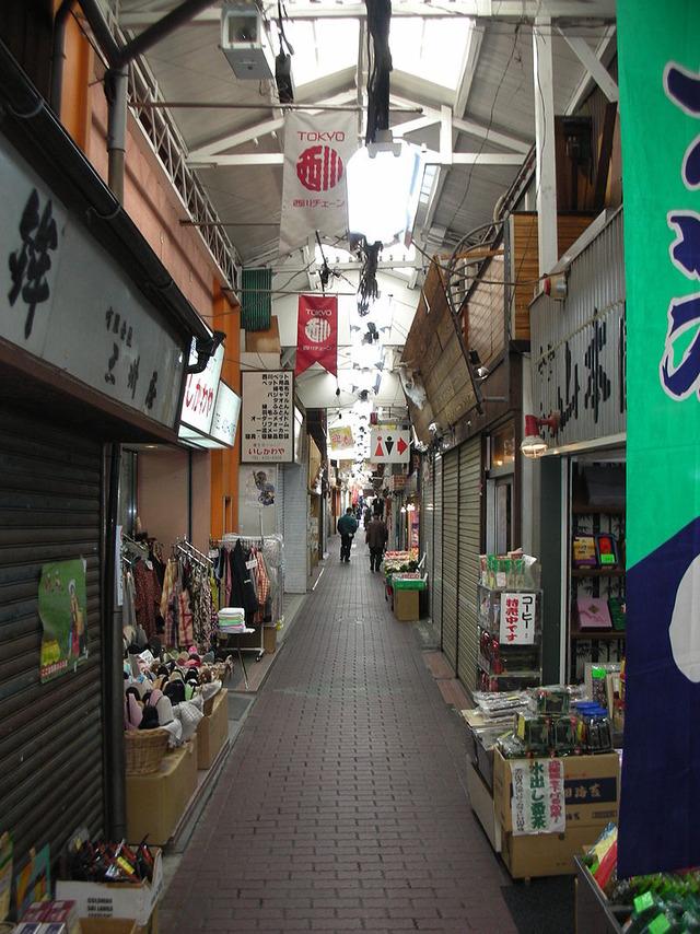 800px-Rokkakubashi_Fureai_Dori_004