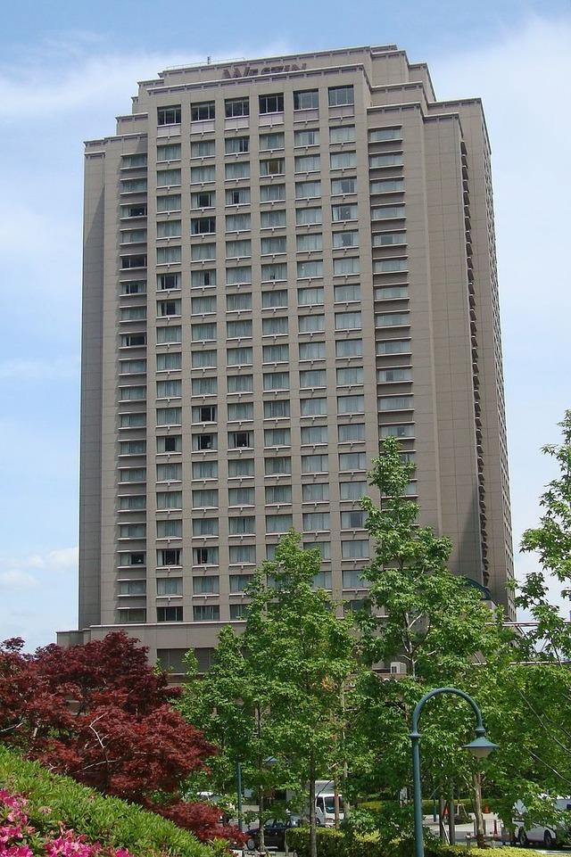 800px-Westin_Hotel_Tokyo