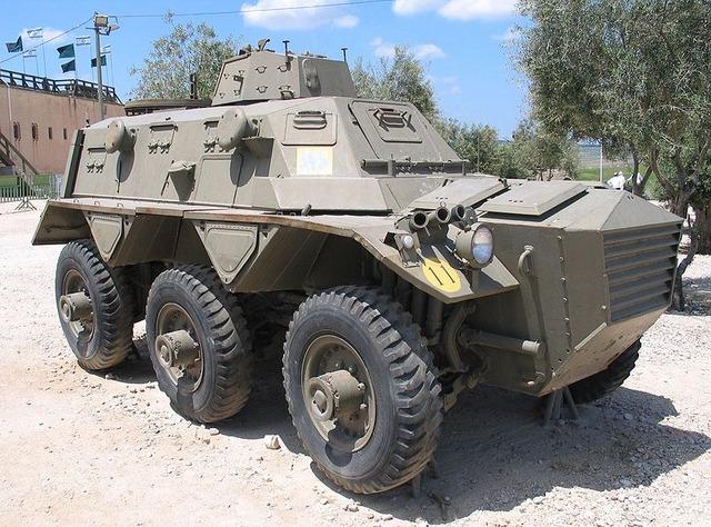 800px-Saracen-latrun-2