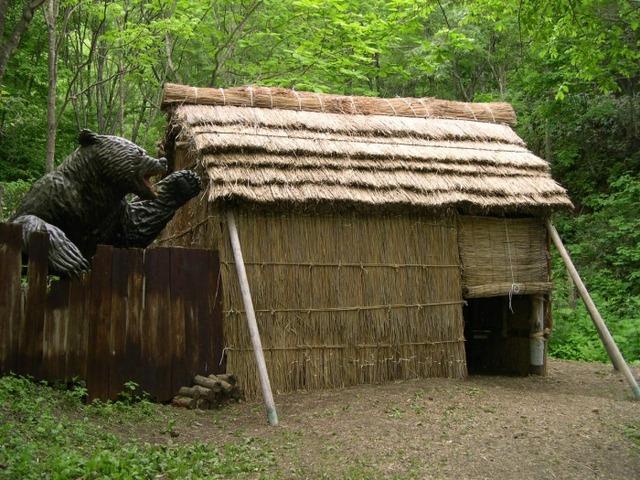 妊婦「腹破らんでくれ!」「のど喰って殺して!」北海道のヒグマが怖すぎる件