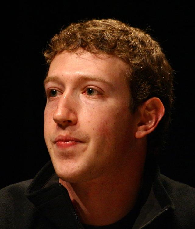 800px-Mark_Zuckerberg_-_South_by_Southwest_2008_-_2-crop