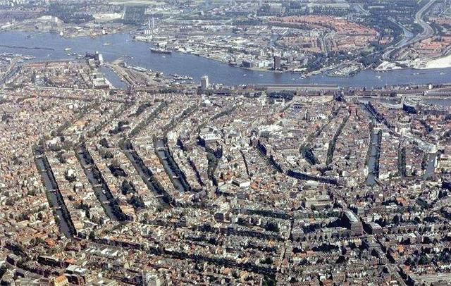 オランダ平均身長185←こいつwww