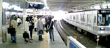 菊名駅003