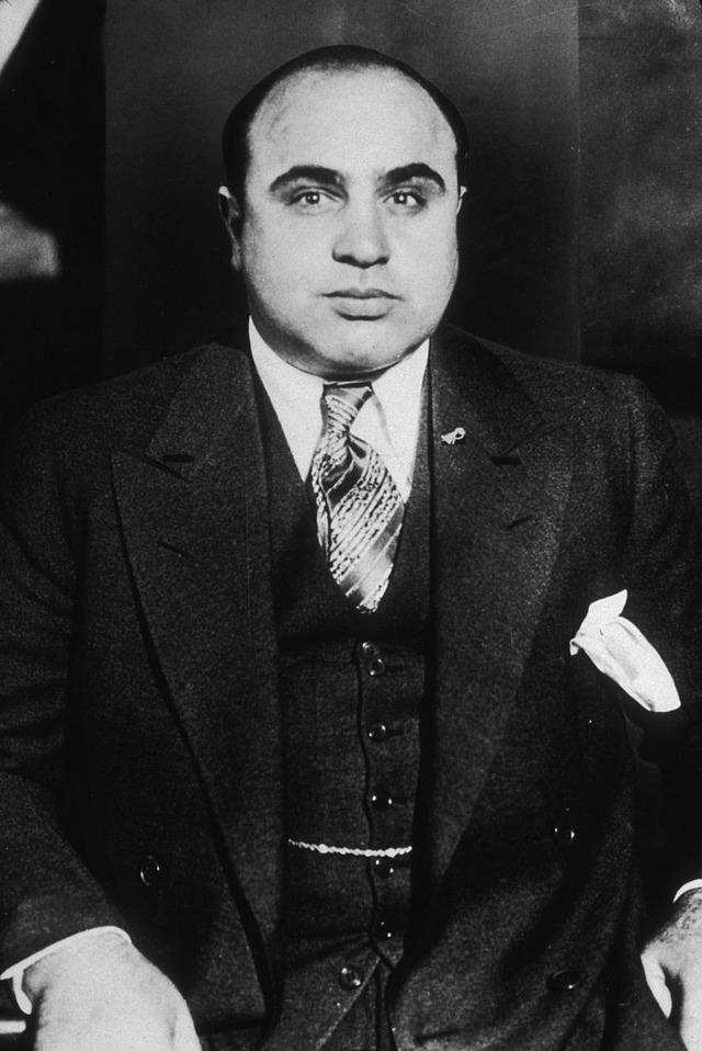 800px-Al_Capone-around_1935