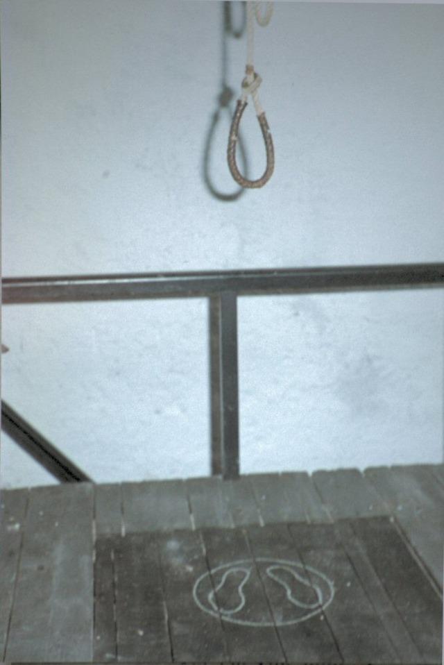 Gallow_-_british_jail