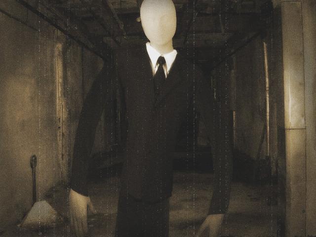 slender_man_cometh_by_sargemccluck